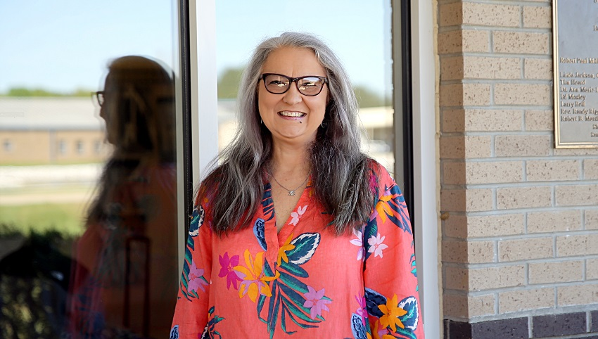 East Mississippi Community College humanities instructor Marilyn Ford was named a 2018-19 Educator of the Year by the Columbus Lowndes Chamber of Commerce.