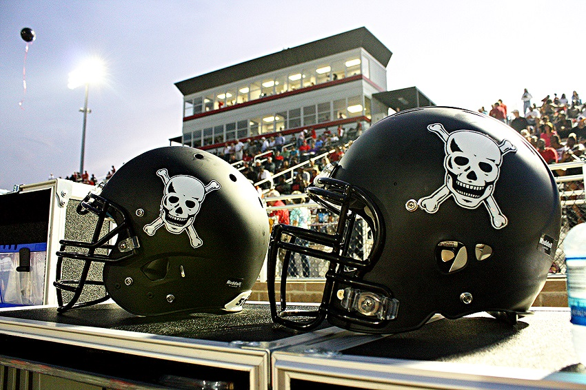 """The skull and crossbones and stars featured on the East Mississippi Community College football team's uniforms and helmets hark back to the time when the college's legendary coach, Robert Victor """"Bull"""" Sullivan, ruled the gridiron."""