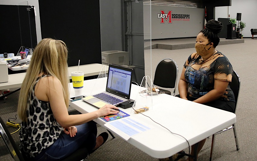Advisors will be available on both the Golden Triangle and Scooba campuses beginning Jan. 4 and ending on Jan. 12 to assist students with registration. Virtual advising will be available daily.